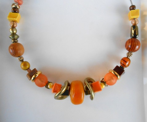 Collier ambre jaune-orange, réf. C106